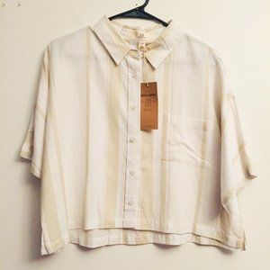 NWT Thread & Supply Crop Button Up AG664